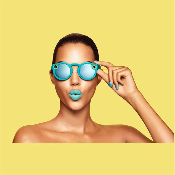 "Snapchat Spectacles: gli occhiali fanno ""snap"" e ""social"""